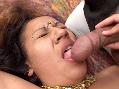 Indian pussy knobbed. Hot Indian babe enjoys a heavy haired pussy knobbing